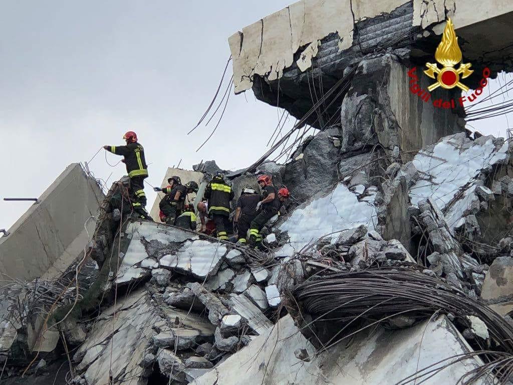 Genova, crollo del viadotto Morandi: anche i Vigili del Fuoco torinesi fra i soccorritori