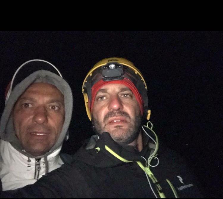 Stretto di Messina a nuoto, 100 km in bici e poi di corsa sull'Etna: le fatiche di Francesco Torre
