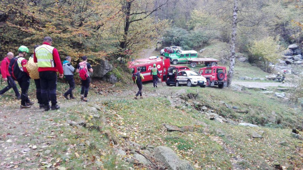 Coazze, ritrovata viva dai soccorritori la donna smarrita nei boschi dell'Indiritto