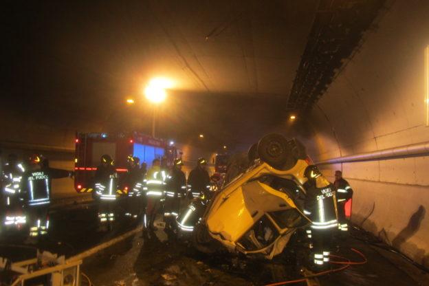Le immagini dell'incidente nella galleria Monte Cuneo ad Avigliana