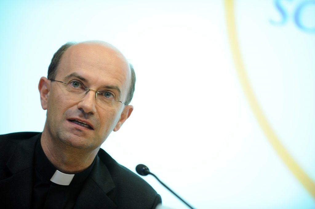 Mons. Stefano Russo è il nuovo segretario della CEI
