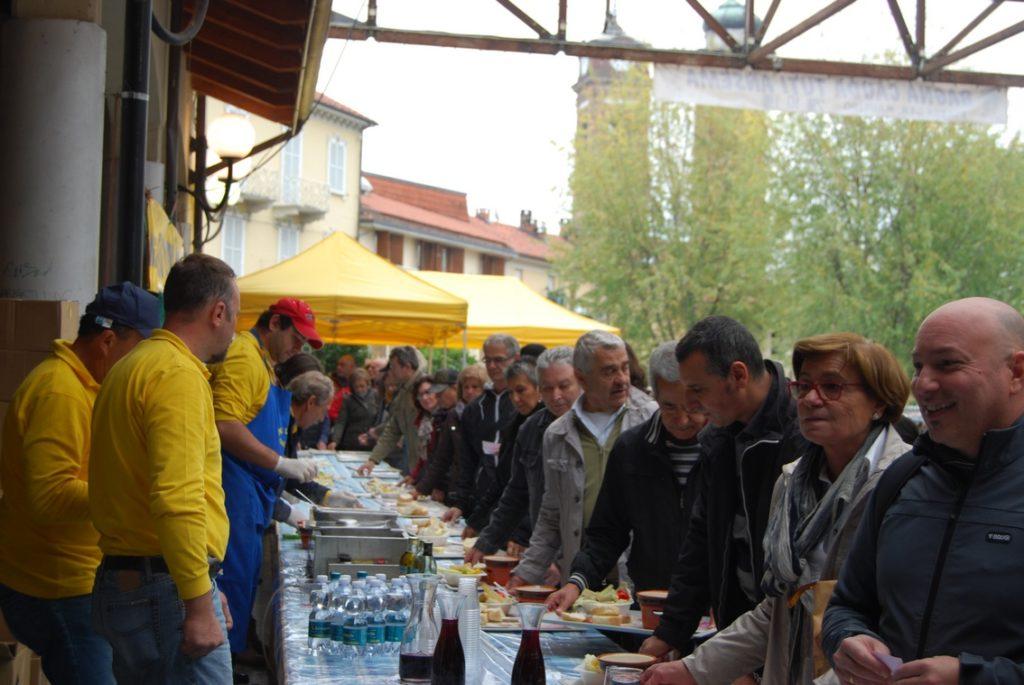 Domenica 28, a Giaveno, tornano bagna cauda, bollito e tortellini