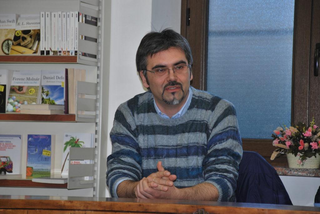 """Susa, """"All'ora del Tè"""", giovedì 8 c'è lo scrittore Pierpaolo Vettori"""