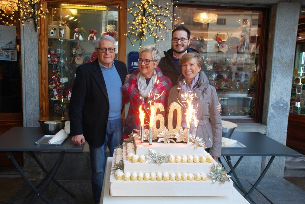 La Pasticceria Pietrini di Susa ha festeggiato 60 anni di dolcezza