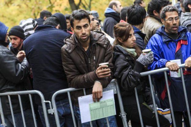 """L'allarme dell'Anci: """"Con il decreto sicurezza più migranti in strada"""""""