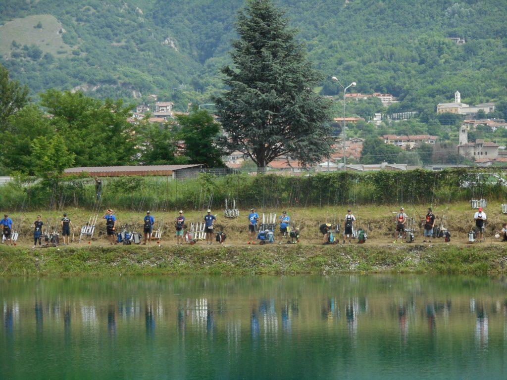 A Bruzolo c'è il Campionato Italiano di pesca della trota in lago