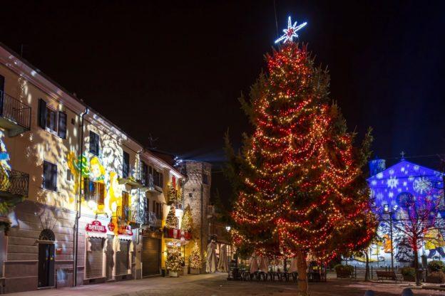 Giaveno, il Festival delle luci si farà, ma sarà più sobrio (e senza inaugurazione)