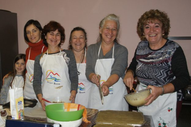 Bruzolo, successo per Canapanserraglio, la canapa nel futuro tra coltivazione e cucina