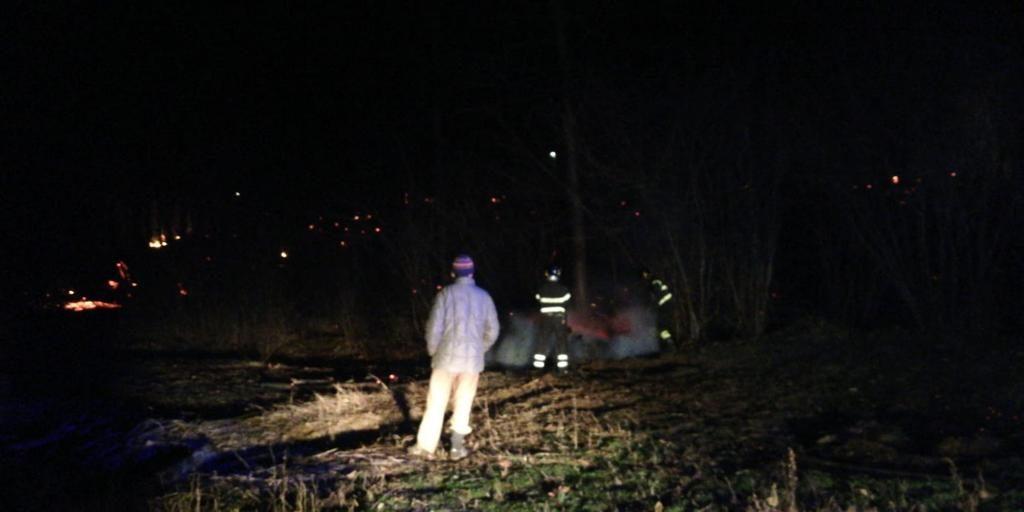 Rosta: domati nella notte gli incendi al parco Pessina e in via Ponata