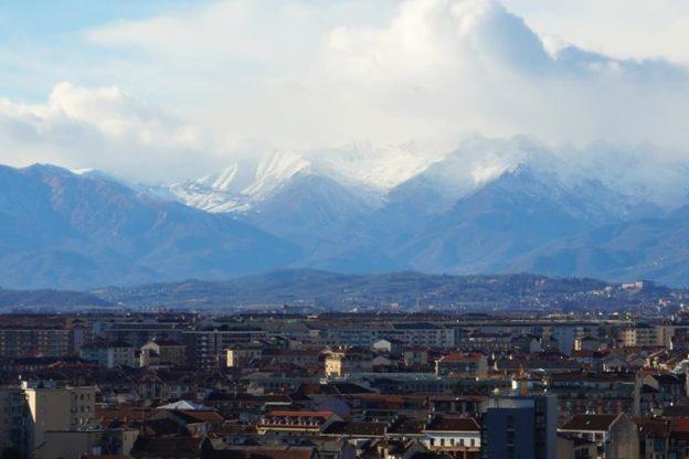 Torino, traffico chiuso anche agli Euro 5. Critica l'Uncem