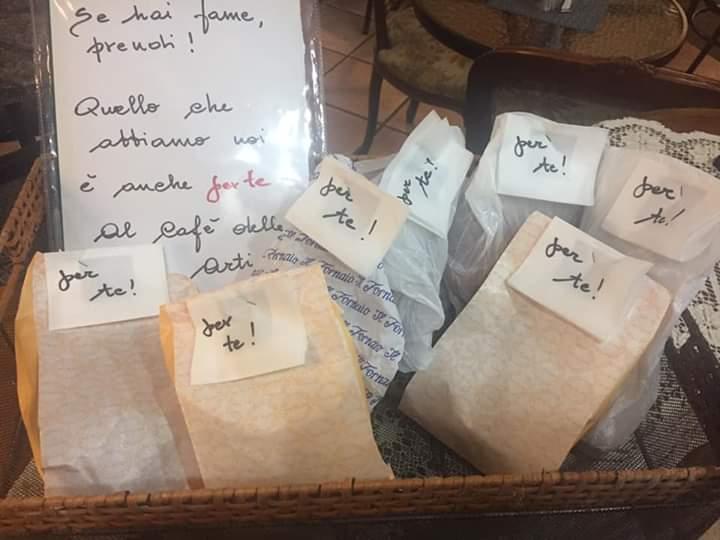 """Giaveno quasi come Napoli, al Cafè delle Arti arriva il """"panino sospeso"""""""