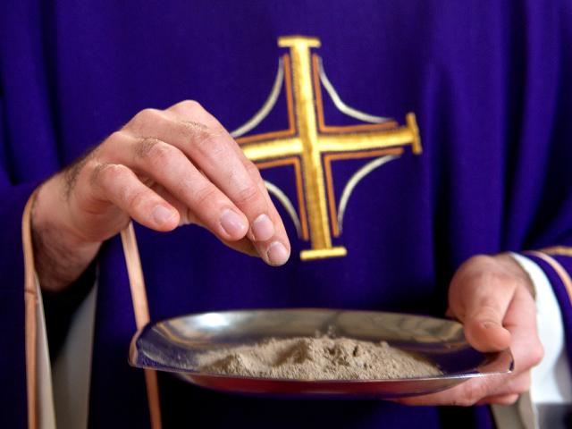 Il Rito delle Ceneri a Susa con Mons. Vescovo