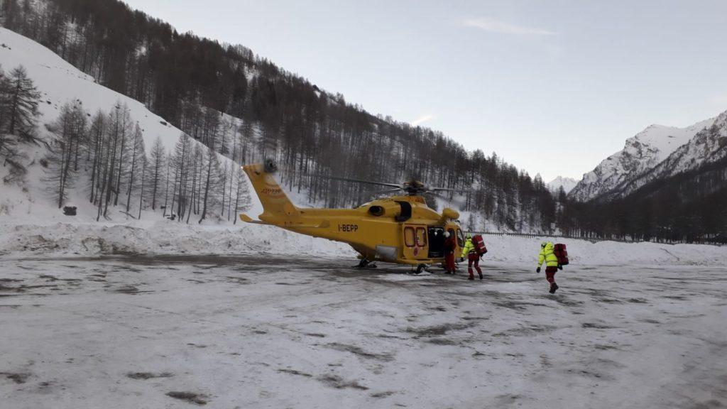 Pragelato, scialpinista di 66 anni muore travolto da una valanga