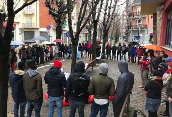 """Alpignano, in 100 per """"l'Italia che resiste"""""""