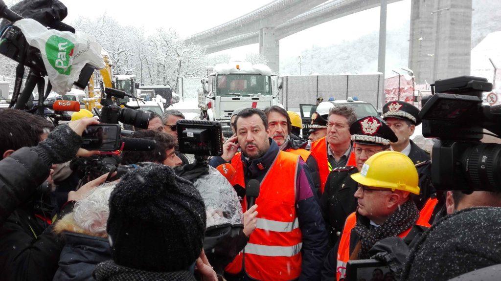 Salvini e i 5 Stelle congelano la Tav venti giorni dopo la visita a Chiomonte