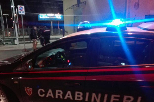 """""""Vuoi indietro il cellulare? Dammi 30 euro"""". Arrestato dai Carabinieri di Susa"""