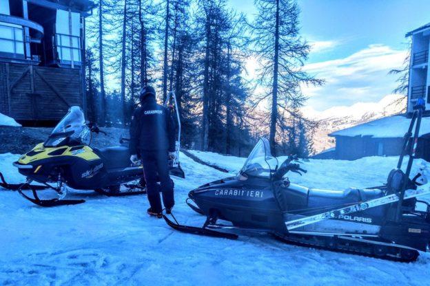 Alta Valle di Susa, controlli dei Carabinieri sulle strade e sulle piste da sci