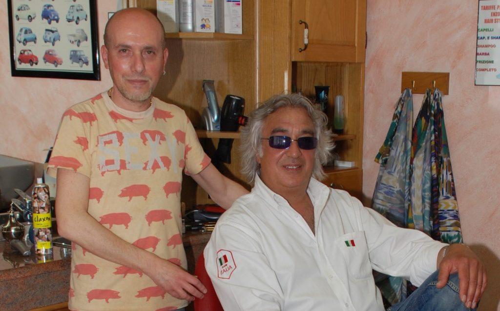 Bruzolo, Panetta va in pensione, ma farà sempre il barbiere