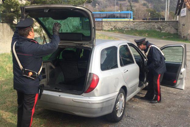 Oulx, trasportava pakistani clandestini in auto. Arrestato ventenne