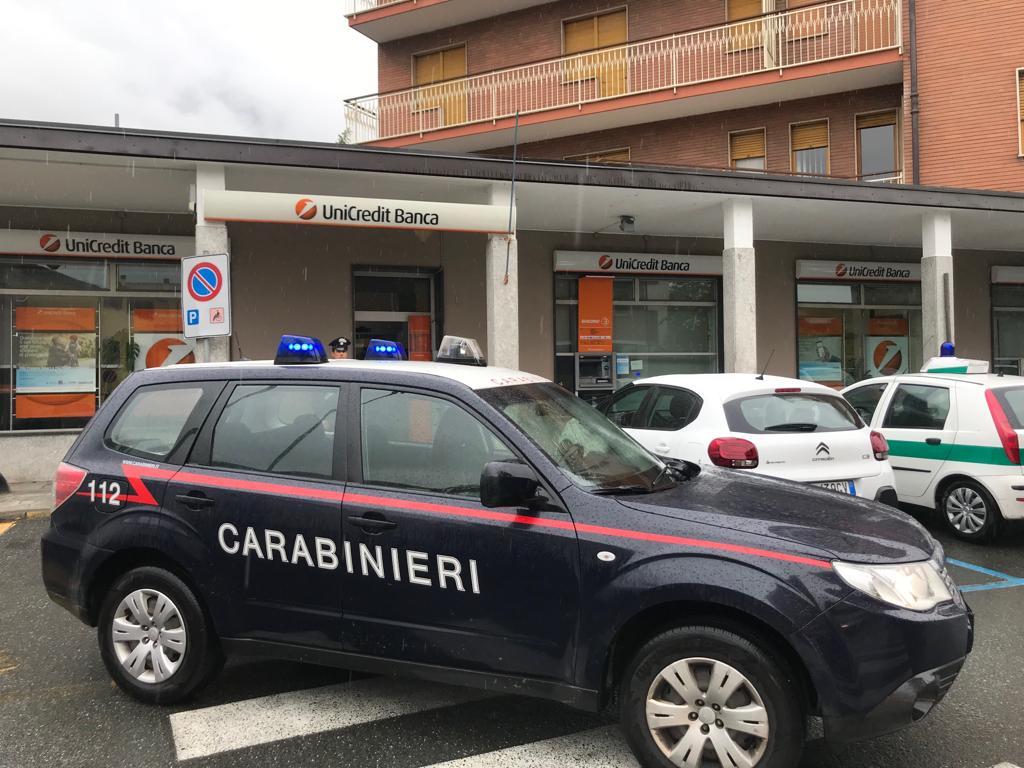 Tentata rapina a Bussoleno: due rapinatori arrestati, tre fuggono