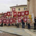 I gagliardetti Fidas della Zona 5, dei comuni di Sant'Antonino e Vaie, con i sindaci e il presidente Fidas Flavio Ricchiardone