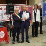 Seconda medaglia d'oro - Antonio Ferrentino con la sindaca di Sant'Antonino Susanna Preacco