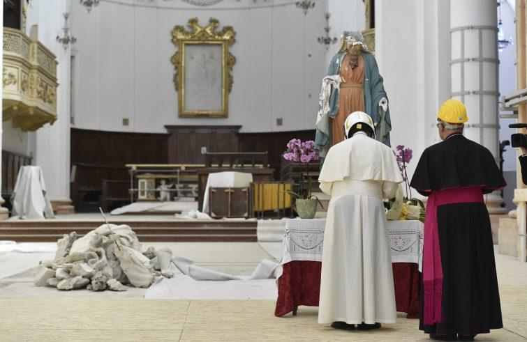 """Papa Francesco a Camerino: """"Le promesse non finiscano nel dimenticatoio"""""""