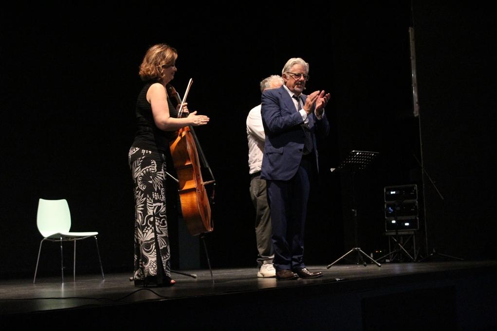 Giancarlo Giannini e Primo Levi incantano il Teatro Fassino di Avigliana
