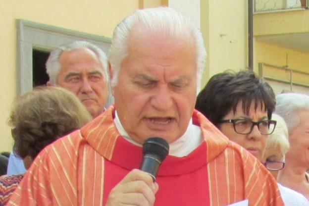 Alpignano, don Piero lascia la parrocchia San Martino