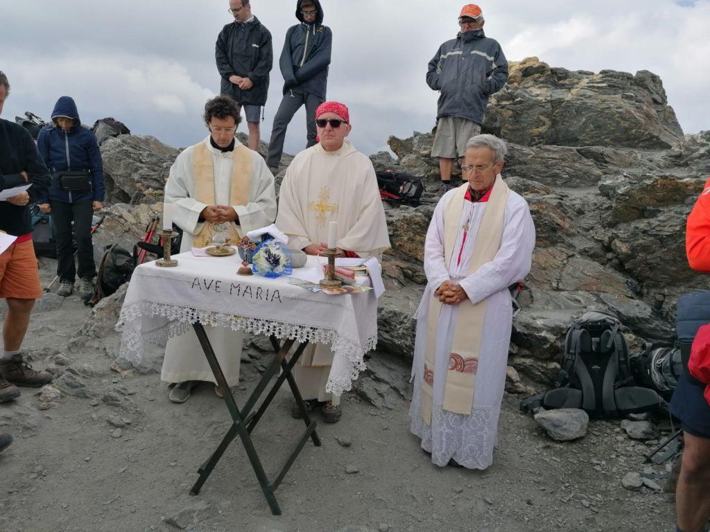 Mons. Derio Olivero ha celebrato la Messa in cima al Rocciamelone
