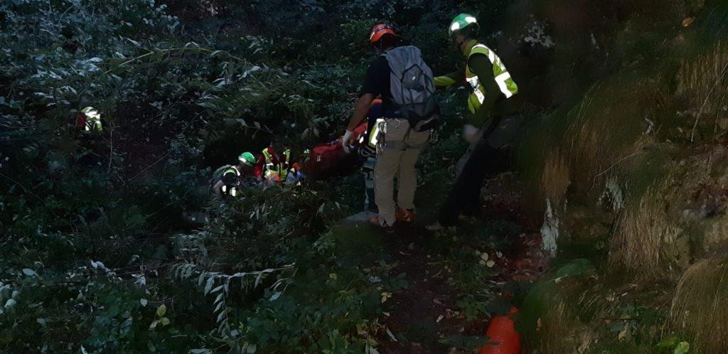 Cercatore di funghi muore nei boschi di Villar Focchiardo