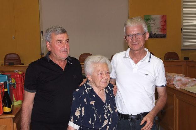 Avigliana, Combetto e Messina brindano alla pensione con i colleghi