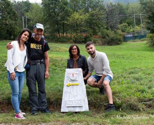 Luciano Lucco Borlera con la famiglia all'arrivo a Val Della Torre, km 4700