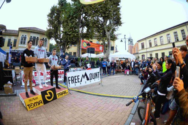 condove - momenti delle premiazioni del trail corto 2. Sul podio Daniel Borgesa, Samuele Pognant Gros e Thomas Borgesa