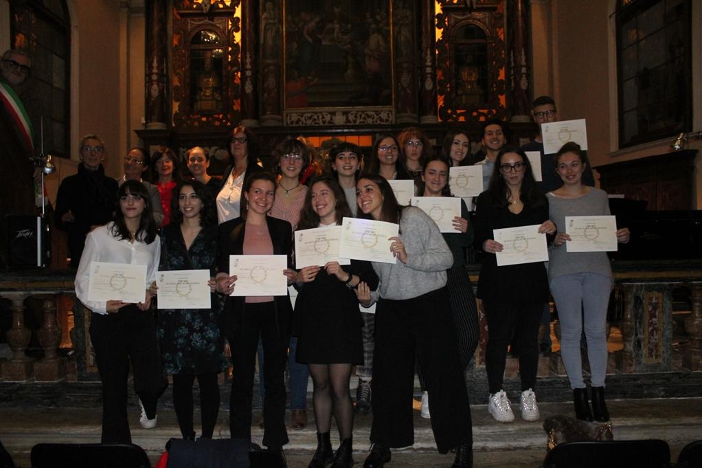 """Giaveno ha festeggiato gli studenti """"Esabac"""" del Pascal"""