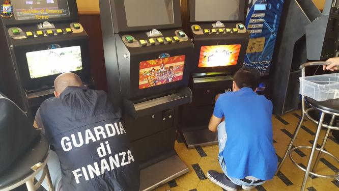Gioco d'azzardo: nelle due Valli si sono giocati 120 milioni di euro nel 2019