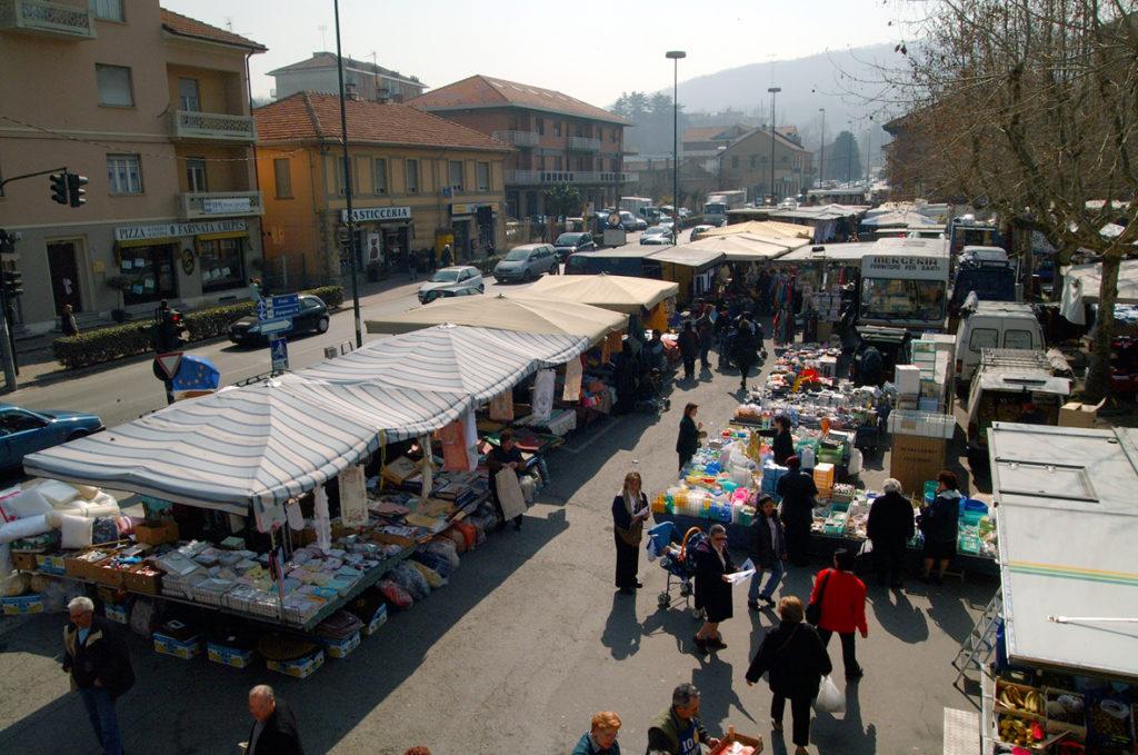 I due mercati settimanali di Avigliana sono stati confermati