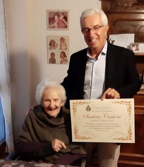 Sangano ha festeggiato i cento anni di Nonna Santina