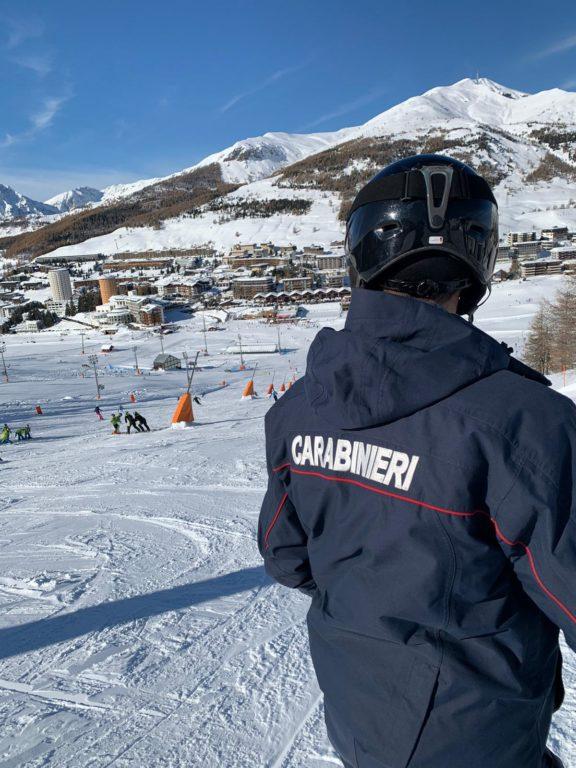 Disagi in Alta Valle per le ultime nevicate e qualche piccolo incidente sulle piste da sci