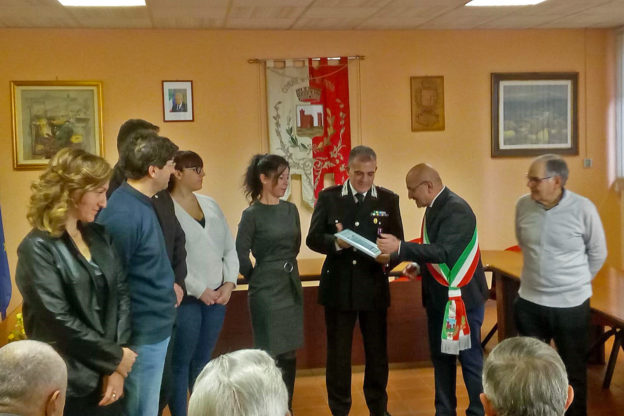Villar Dora ringrazia il comandante dei Carabinieri Filippo De Santis