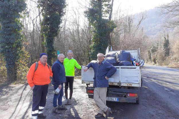 Avigliana, continua l'opera di pulizia degli Ecovolontari