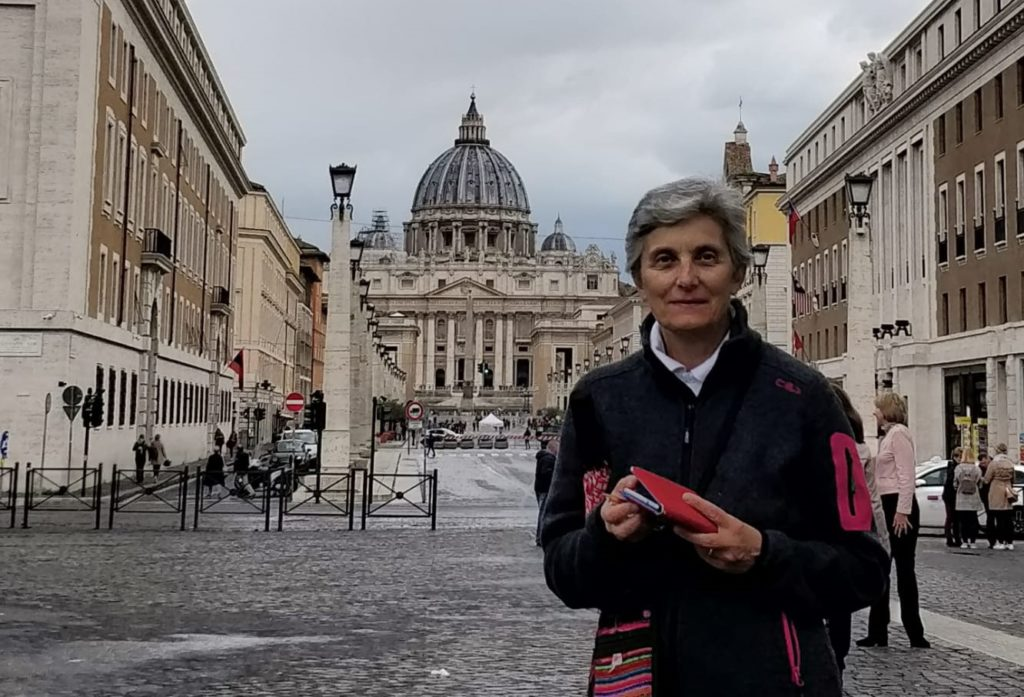 Suor Luciana Lussiatti: religiosa, medico e… Scout