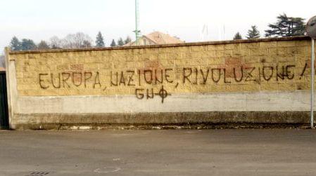 scritte fasciste Giaveno