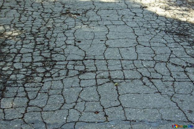 Asfalto non smaltito correttamente in Val di Susa: un'indagine dei Carabinieri Forestali