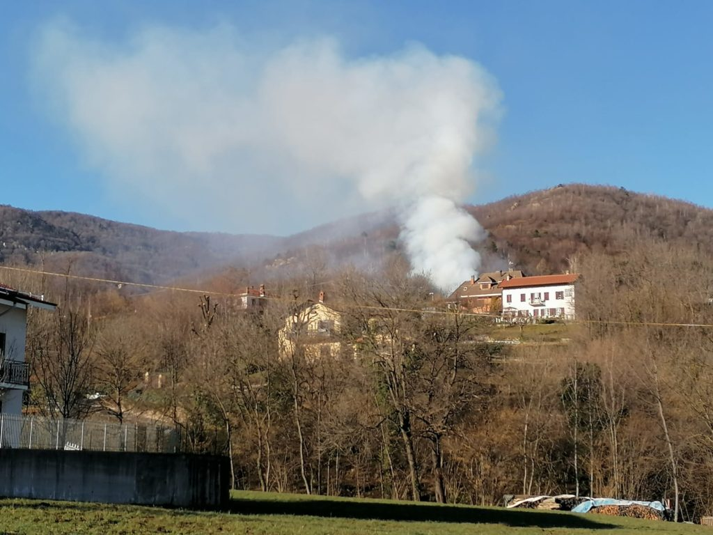 Giaveno, incendio boschivo in borgata Villanova- Foto