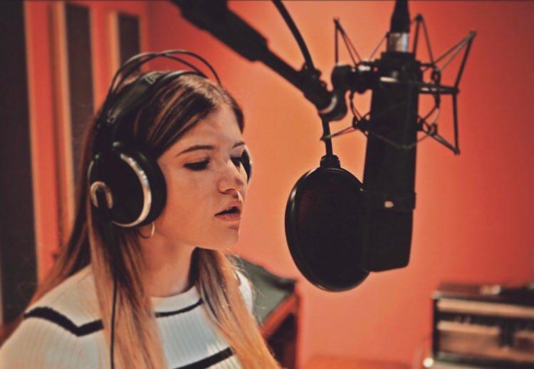Grace, la cantautrice valsusina che fa vibrare il cuore