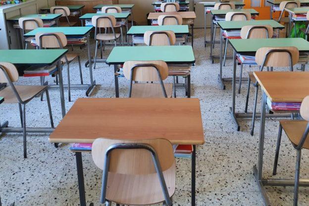 Da oggi torna in classe il 50% degli studenti delle scuole superiori