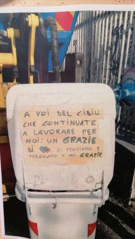 Tengono puliti i nostri paesi anche in questo periodo: alcuni cittadini ringraziano i netturbini di Cidiu e Acsel