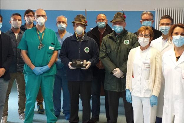 ANA Val Susa. Raccolti 14.000 euro e già consegnate attrezzature utili all'ospedale di Susa