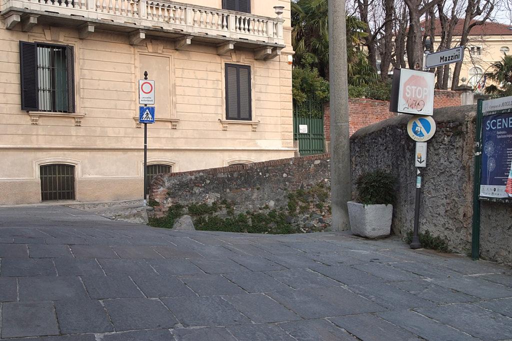 """Avigliana, al vaglio una Ztl """"scolastica"""" nelle vie Mazzini e Garibaldi"""
